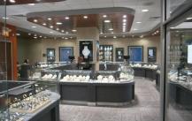 珠宝展示柜定做行业有淡旺季吗?