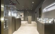 玻璃珠宝展柜要怎么设计才好看呢?