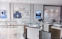 定制珠宝展示柜时我们更应该看中价格还是品质呢?