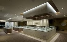 凡路珠宝展柜厂:高仿钻石与真钻有哪些区别?