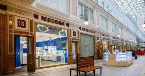 津南17年春季珠宝店展柜定做客户