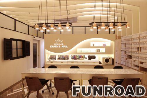 钉条家具的设计和展示柜