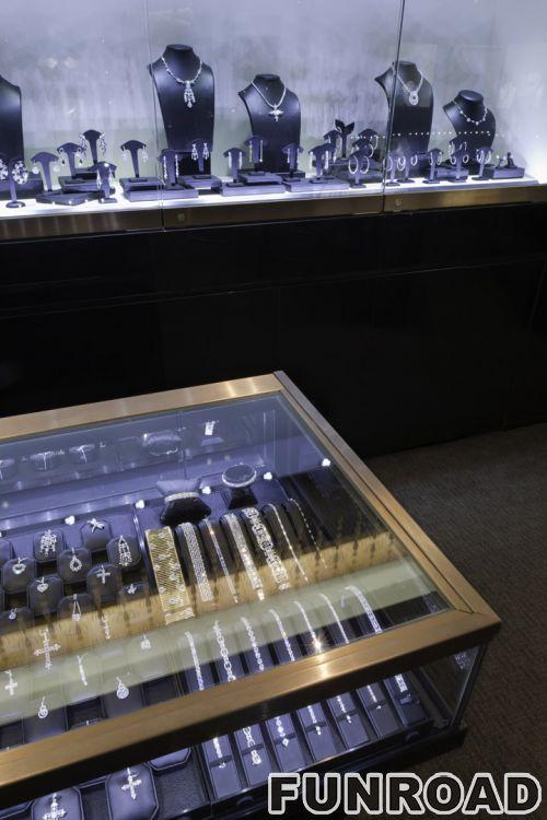 高端品牌珠宝连锁店展柜设计案例