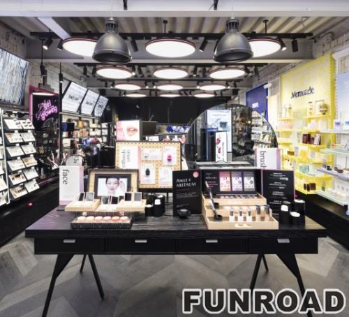 高档木质陈列柜和用于化妆商店的产品展示柜