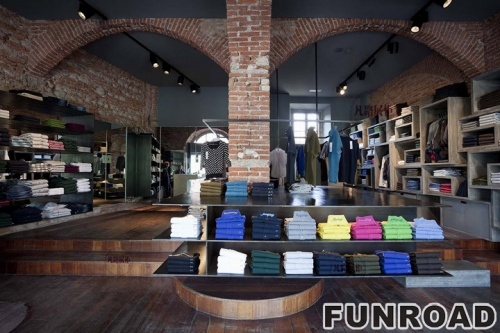 FRCD-94231奢侈品品牌服装展柜案例
