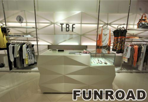 现代时尚服装零售店装饰与MDF展示架展示柜