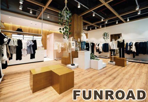 定制可移动金属的展示架,带轮子,用于服装店的展示架