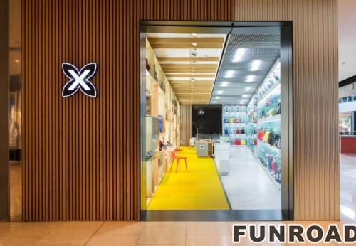 品牌鞋连锁店设计木制展示柜带LED灯