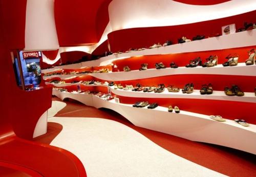 批发价鞋店木质烤漆展示柜设计