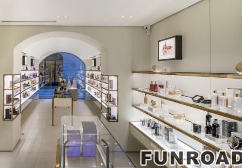 新款定制版化妆品商店配件陈列展示柜台效果图