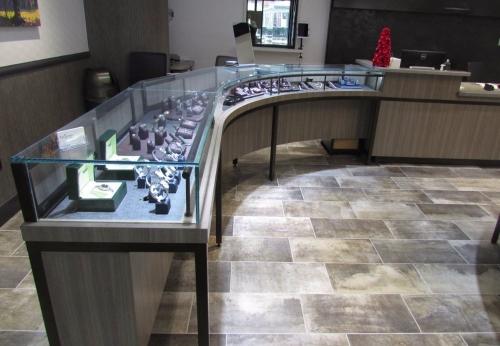 定制的玻璃珠宝展示柜台品牌珠宝展示设计效果图