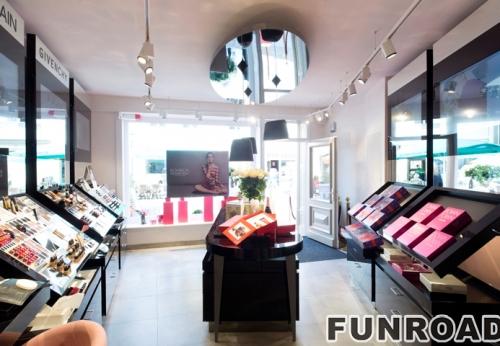 化妆品商店室内设计和化妆品陈列展示柜设计效果图