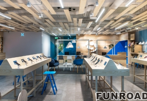 手机概念店木柜带防盗显示器和玻璃配件展示柜