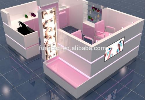 定制设计时尚商城化妆品展示柜出售