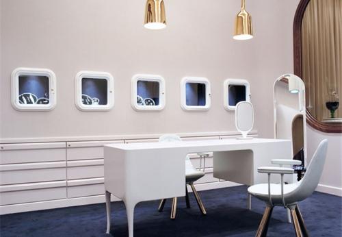 轻奢主题现代流向高端定制类珠宝展柜制作案例