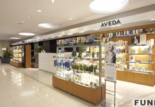 零售商店香水展柜,以最优质的品牌