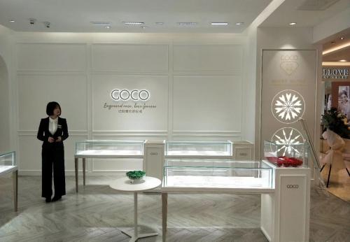 FR180206品牌珠宝店-珠宝展柜-设计定做