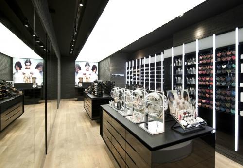 凡路商业展示定制高端化妆品展示柜