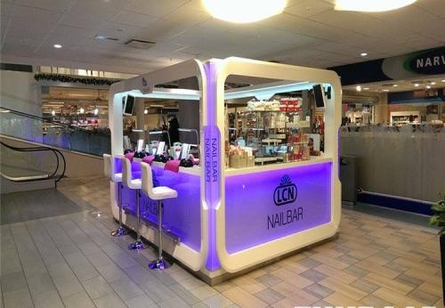 高品质定制的购物中心指甲化妆品展柜出售