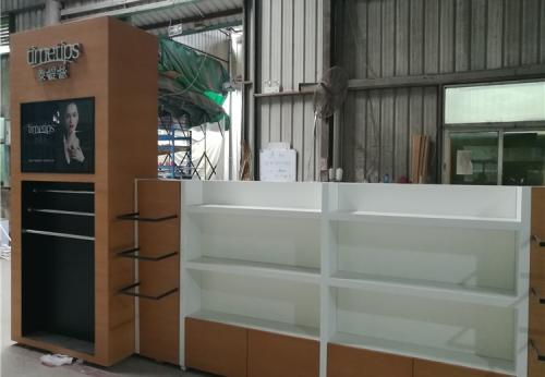 定制商店珠宝陈列墙珠宝玻璃设计家具