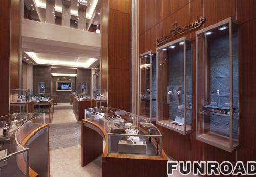 珠宝展示展示整个商店高端装饰设计精美的吊灯