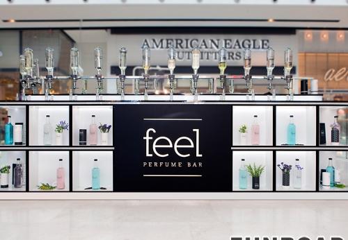 香水顾客定制,摆放迷人的丙烯酸香水陈列柜
