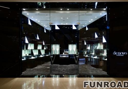 以钻石为灵感设计的展柜-珠宝展柜