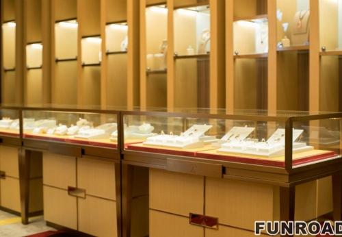 不锈钢珠宝展柜柜台首饰店室内设计