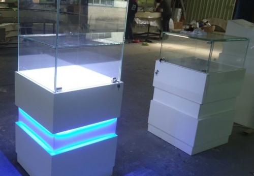 瑞士珠宝手表店的珠宝店室内设计