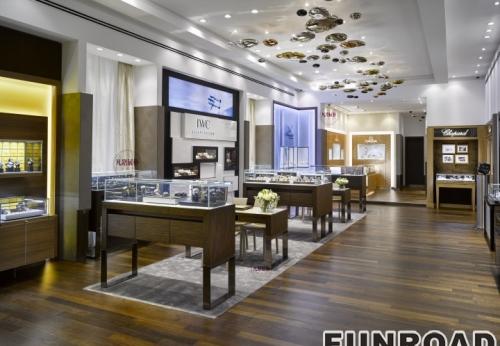高档大气的奢侈品手表店展柜