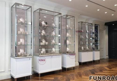 珠宝手表奢侈品展柜效果图