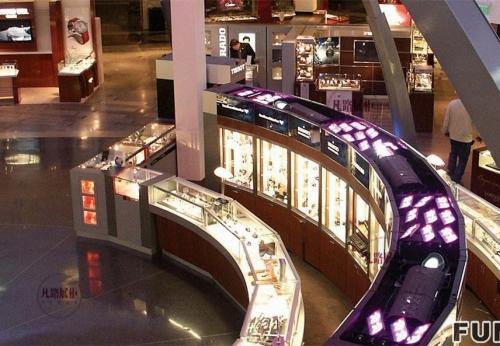 大型购物中心珠宝店展示柜案例