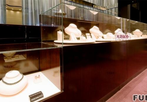 美国内达华州珠宝店展柜效果图