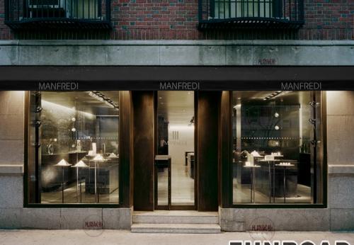 曼弗雷迪珠宝店展示柜案例效果图