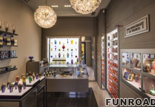 香水店展示柜壁柜高柜案例效果图