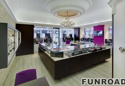 日内瓦手表店展示柜合作案例
