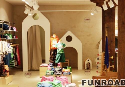 童装店木质烤漆展示柜案例