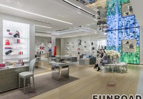 奢侈品品牌旗舰店展示柜案例