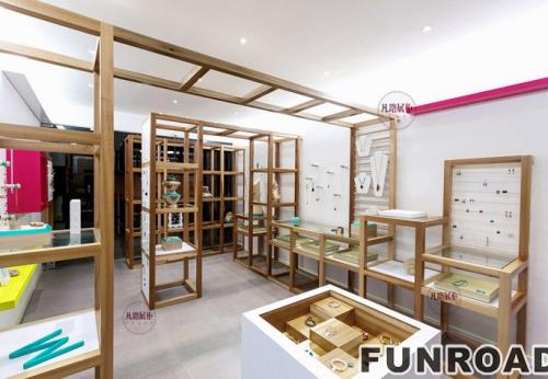 FRSD-94161实木珠宝展柜案例