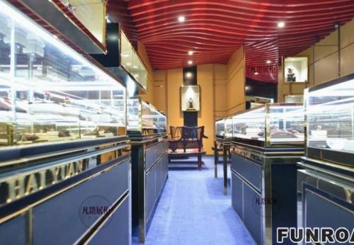FRJS-914301高档不锈钢烤漆珠宝展柜案例