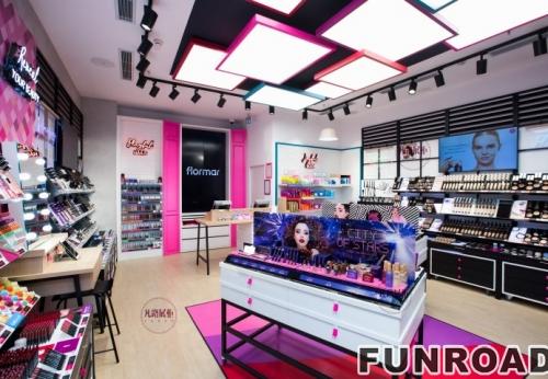2019年初设计制作的化妆品柜台案例