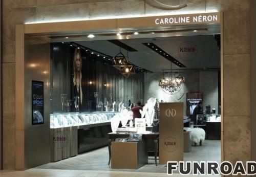 珠宝店电镀不锈钢展示柜案例