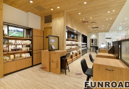 全木质烤漆化妆品店展示柜案例