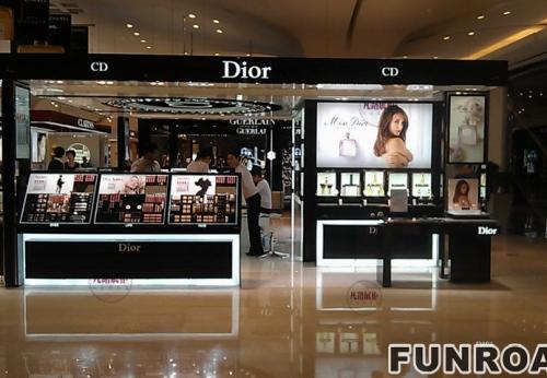 商场迪奥化妆品中岛柜台制作案例