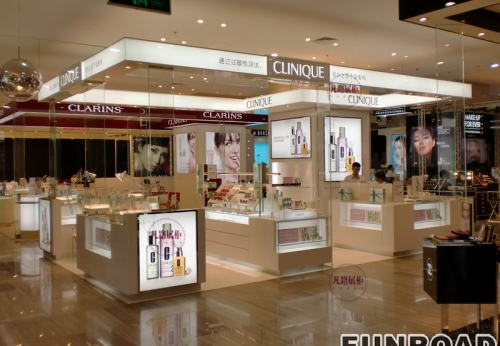 商场化妆品中岛亭展示柜制作案例